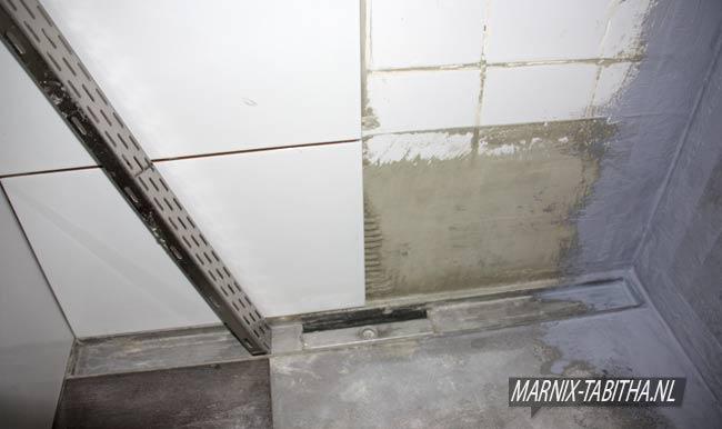 Kimband Badkamer Badkamerlamp : Douche waterdicht maken wandbekleding badkamer alle materialen